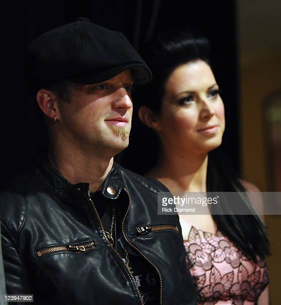 Nominated for 2 CMA awards Husband and Wife duo Thompson Square L/R Keifer Thompson and Shawna Thompson The 2011 CMA Awards nominations were held at...