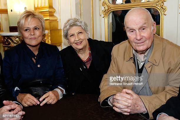 Nominated for 'Moliere de la Comedienne dans un spectacle de Theatre prive' for 'Momo' Muriel Robin Nominated for 'Moliere du Comedien dans un...