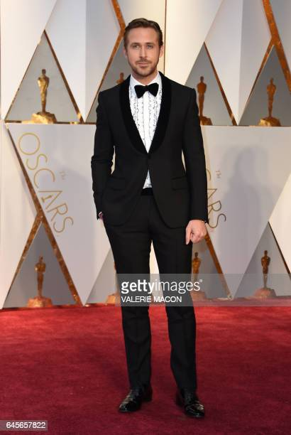 Nominee for Best Actor 'La La Land' Ryan Gosling arrives on the red carpet for the 89th Oscars on February 26 2017 in Hollywood California / AFP /...