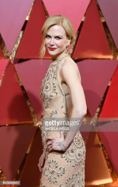 Nominee for Best Supporting Actress 'Lion' Nicole Kidman arrives on the red carpet for the 89th Oscars on February 26 2017 in Hollywood California /...