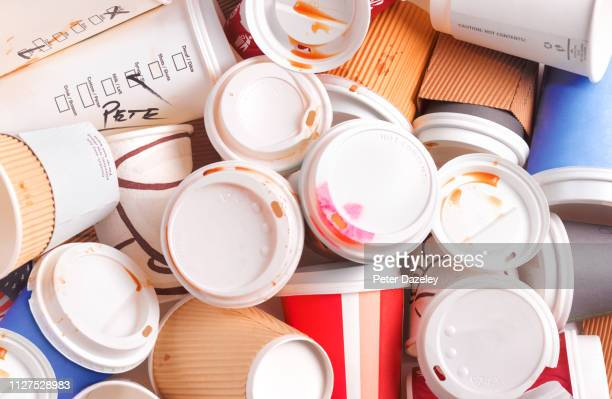 non recyclable coffee cups - bin stock pictures, royalty-free photos & images