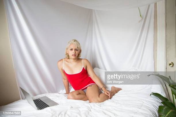 non-binary gender fluid artist - gender fluid stock pictures, royalty-free photos & images
