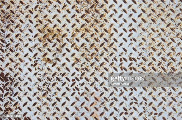 non-slip cross-hatch sheet metal - non urban scene stock-fotos und bilder