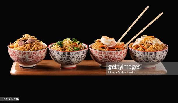 noodle bowls - noodle foto e immagini stock