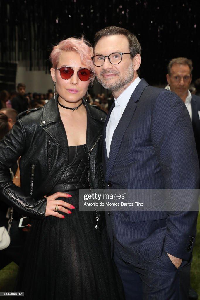 Dior Homme  : Front Row - Paris Fashion Week - Spring/Summer 2018 : News Photo