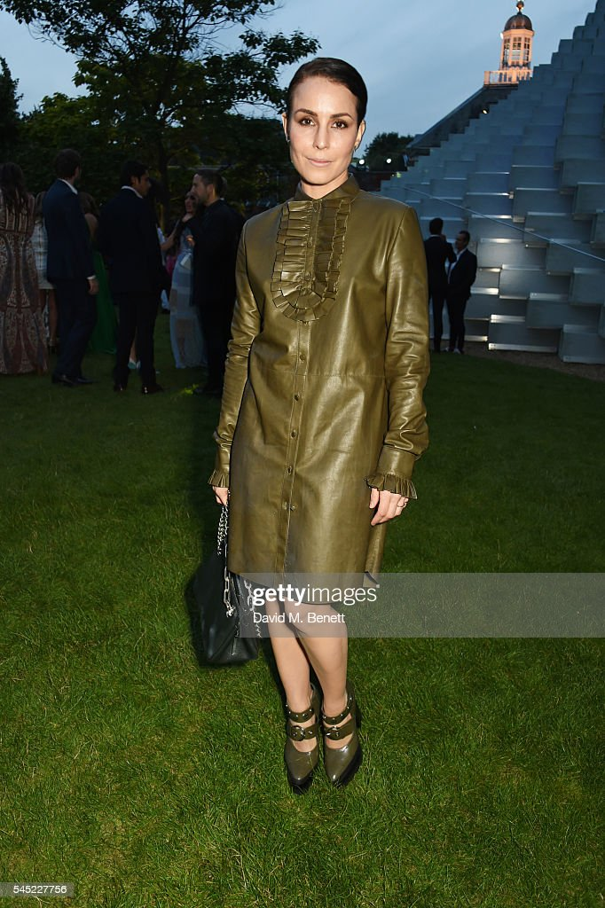 Noomi Rapace attends The Serpentine Summer Party co-hosted by Tommy Hilfiger on July 6, 2016 in London, England.
