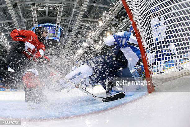 Noora Raty of Finland tends goal against Canada during the Women's Ice Hockey Preliminary Round Group A game on day three of the Sochi 2014 Winter...