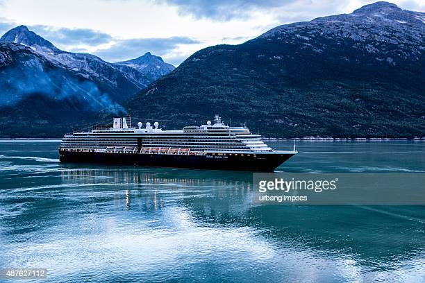ms noordam sailing into skagway, alaska - cruise stock pictures, royalty-free photos & images