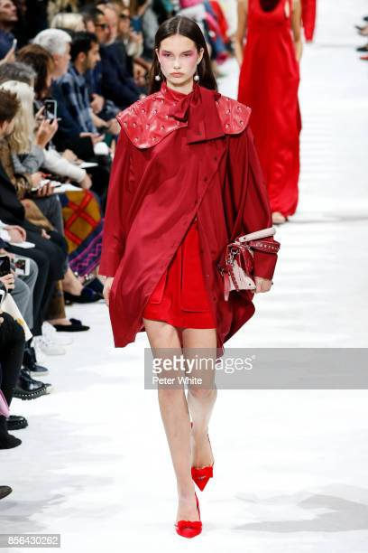 Noortje Haak walks the runway during the Valentino show as part of the Paris Fashion Week Womenswear Spring/Summer 2018 on October 1 2017 in Paris...