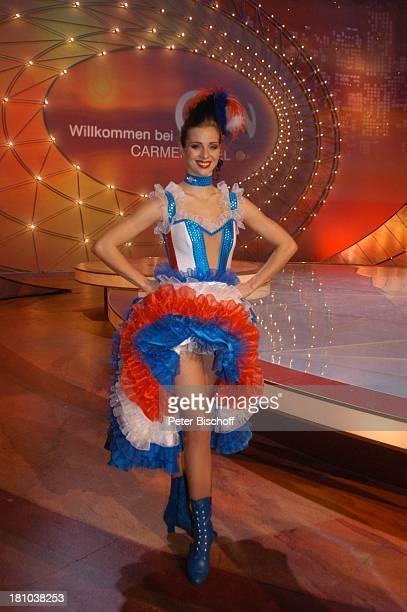 Nora Mogalle ZDFMusikShow Willkommen bei C a r m e n N e b e l Offenburg Ortenauhalle Bühne Auftritt Moulin RougeNummer CanCanKleid Kostüm kostümiert...