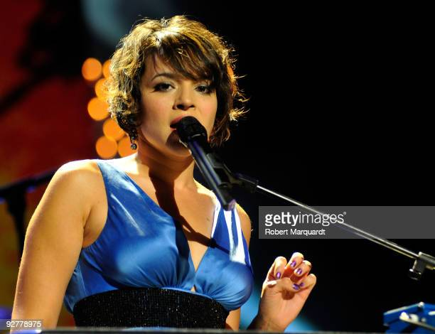 Norah Jones performs during the 2009 Onda Awards held at the Theater Liceu on November 4 2009 in Barcelona Spain