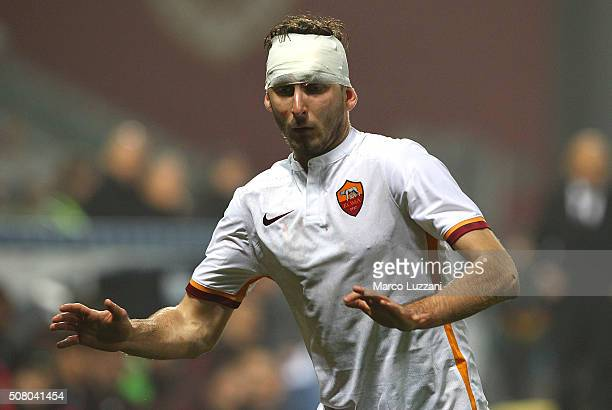Norbert Gyomber of AS Roma after received medical care during the Serie A match between US Sassuolo Calcio and AS Roma at Mapei Stadium Città del...