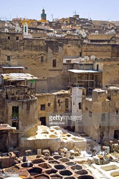 Nordafrika MAR Marokko Fes Fes hat über eine Million Einwohner und steht dank seiner kunstvollen Bauwerke als Weltkulturerbe unter dem Schutz der...
