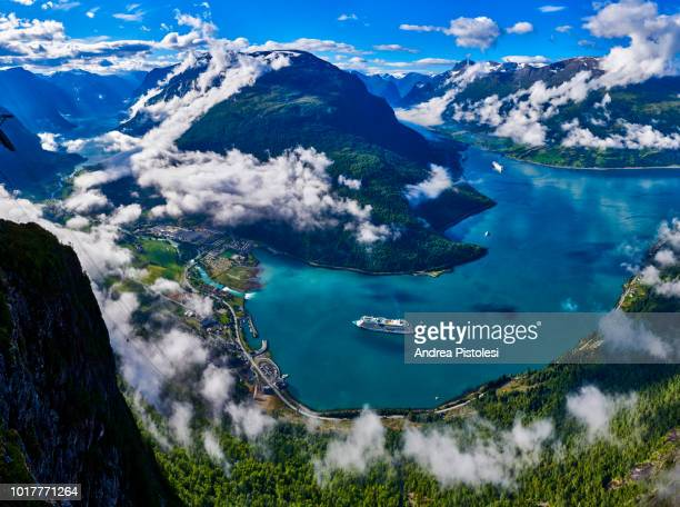 nordfjord in loen, norway - wasserform stock-fotos und bilder