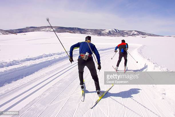 nordic skiing - steamboat springs colorado - fotografias e filmes do acervo