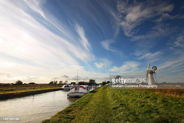 norfolk broads - norfolk england stock pictures, royalty-free photos & images