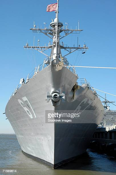 """""""norfolk, va. (february 5, 2005) ? the guided missile destroyer uss cole (ddg 67) sits moored to a pier in her homeport of naval station norfolk, va."""" - warship stock pictures, royalty-free photos & images"""