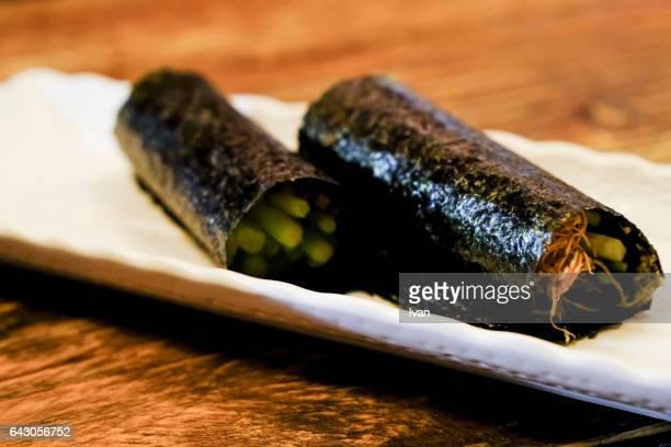Nori sheets, Hand Roll (dried, roasted seaweed)