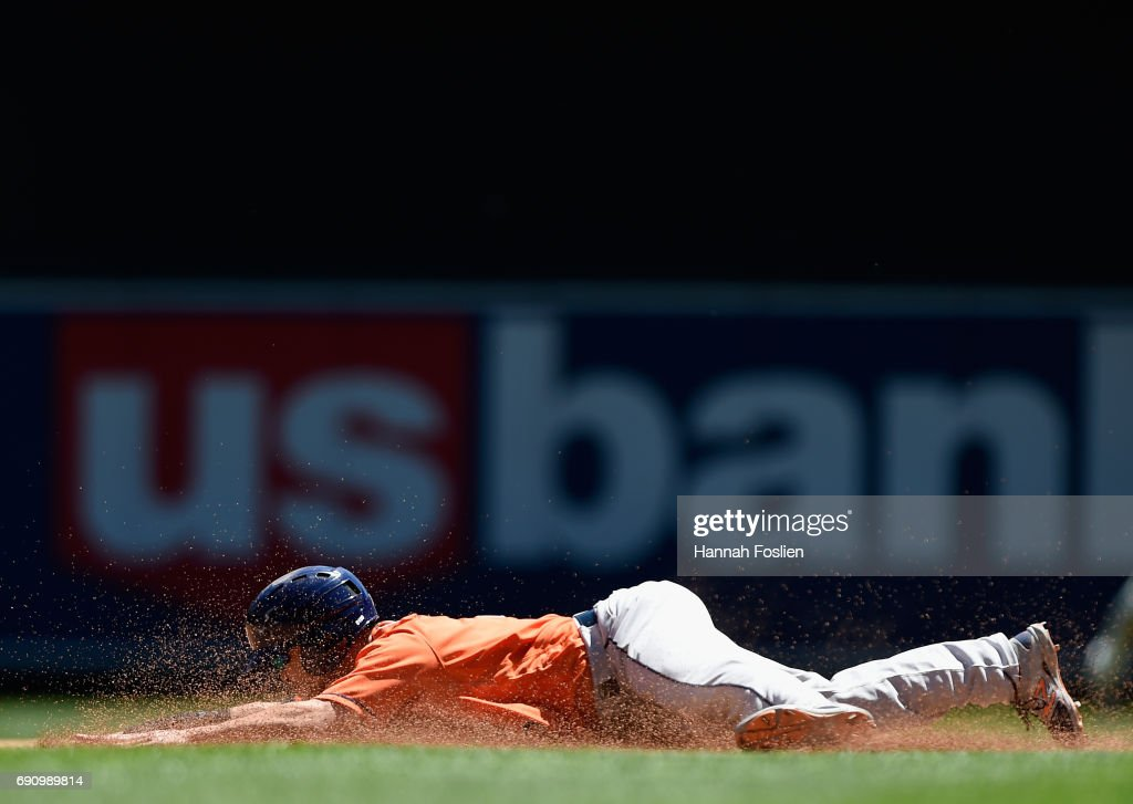 Norichika Aoki #3 of the Houston Astros steals second base against the Minnesota Twins during the fourth inning of the game on May 31, 2017 at Target Field in Minneapolis, Minnesota. The Astros defeated the Twins 17-6.