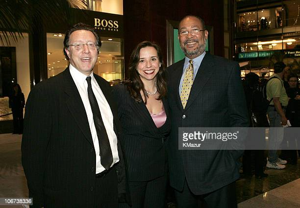 Norm Pearlstine, Jane Boone and Dick Parsons, chairman/CEO of Time Warner Inc.