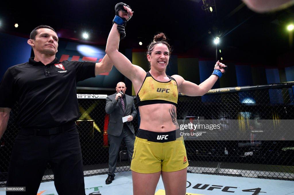 UFC Fight Night: Evans-Smith v Dumont : News Photo