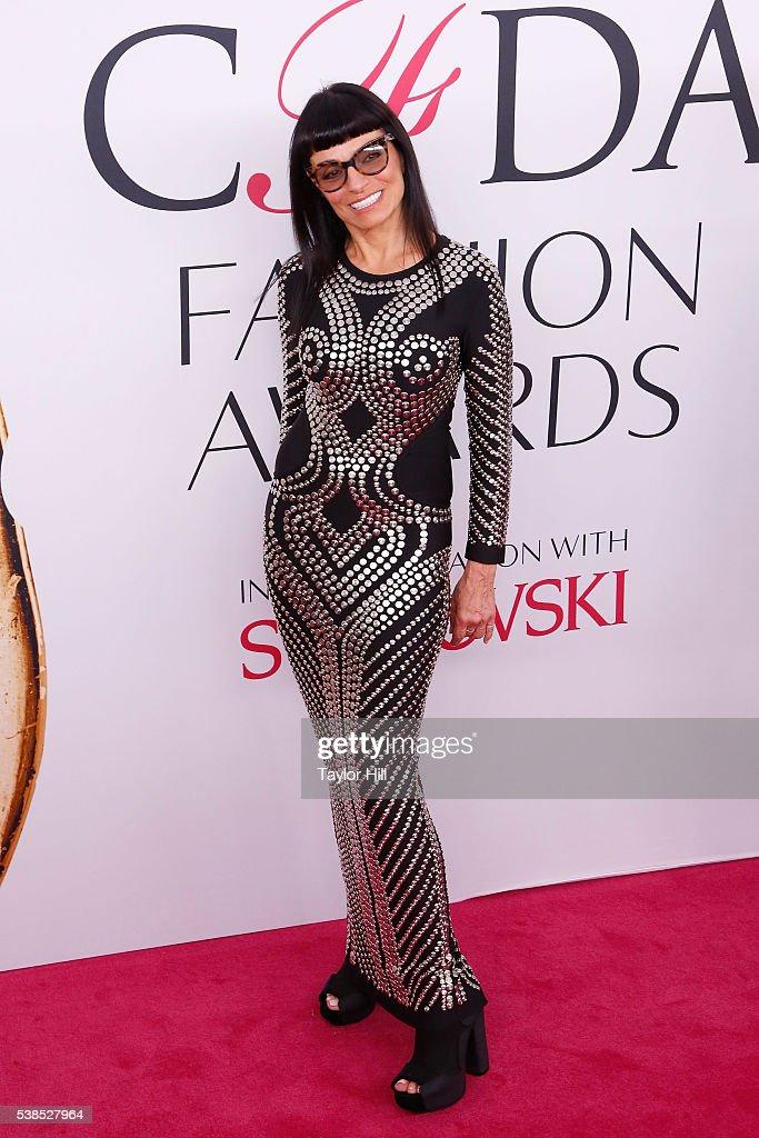 2016 CFDA Fashion Awards - Arrivals : News Photo