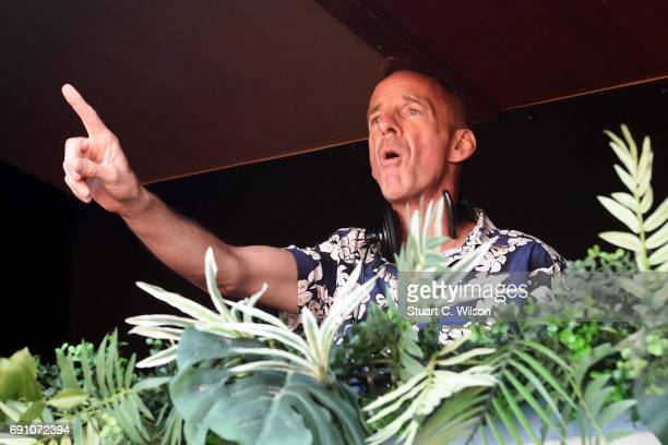Norman Cook 'Fatboy Slim' performs to a thousand sober Londoners as they rave it up and take part in what is now a global social and fitness...