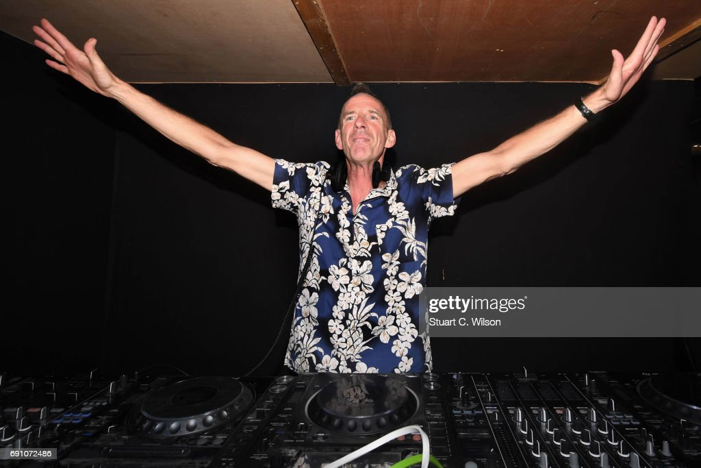 Over 1000 Sober Londoners Gather for Early Morning Rave With Guest Apperance From Fatboy Slim
