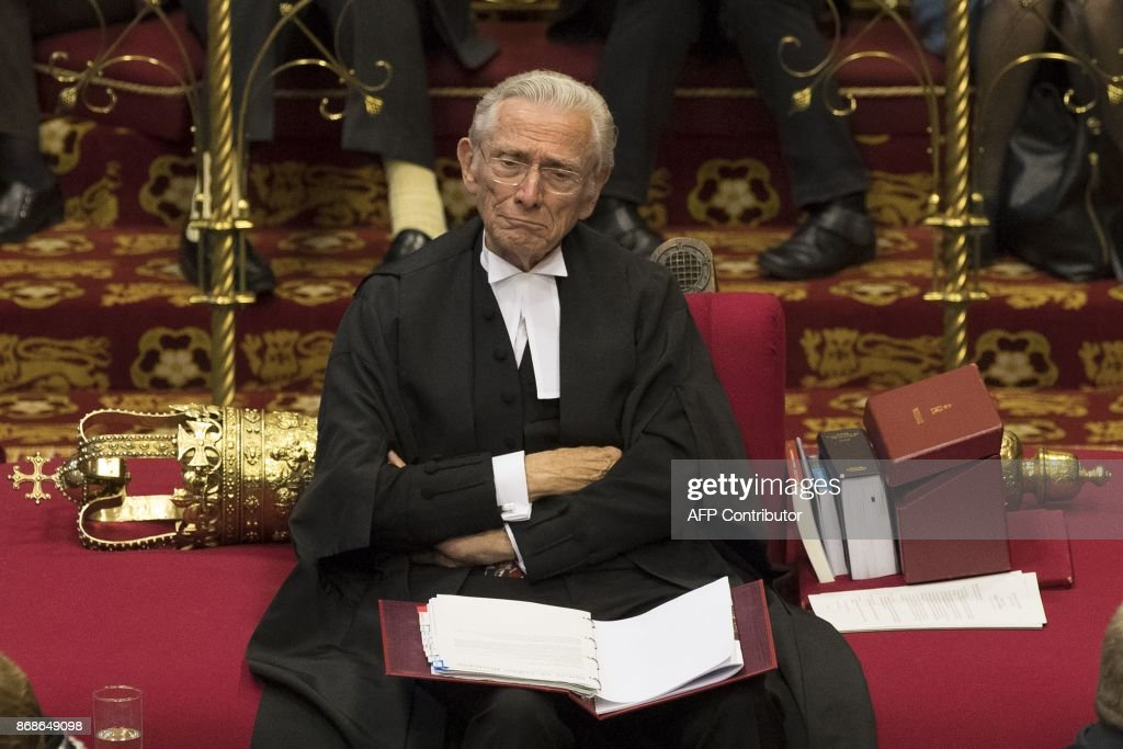 Norman Fowler, the Lord Speaker, listens to speakers during a session of the House of Lords at the Houses of Parliament in London on October 31, 2017. The House of Lords is the upper house of the UK parliament. / AFP PHOTO / POOL / Dan Kitwood