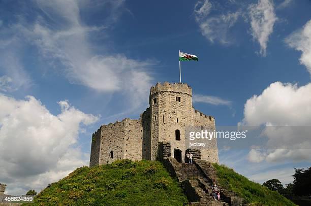ノーマンで、カーディフ城、ウェールズ - カーディフ ストックフォトと画像