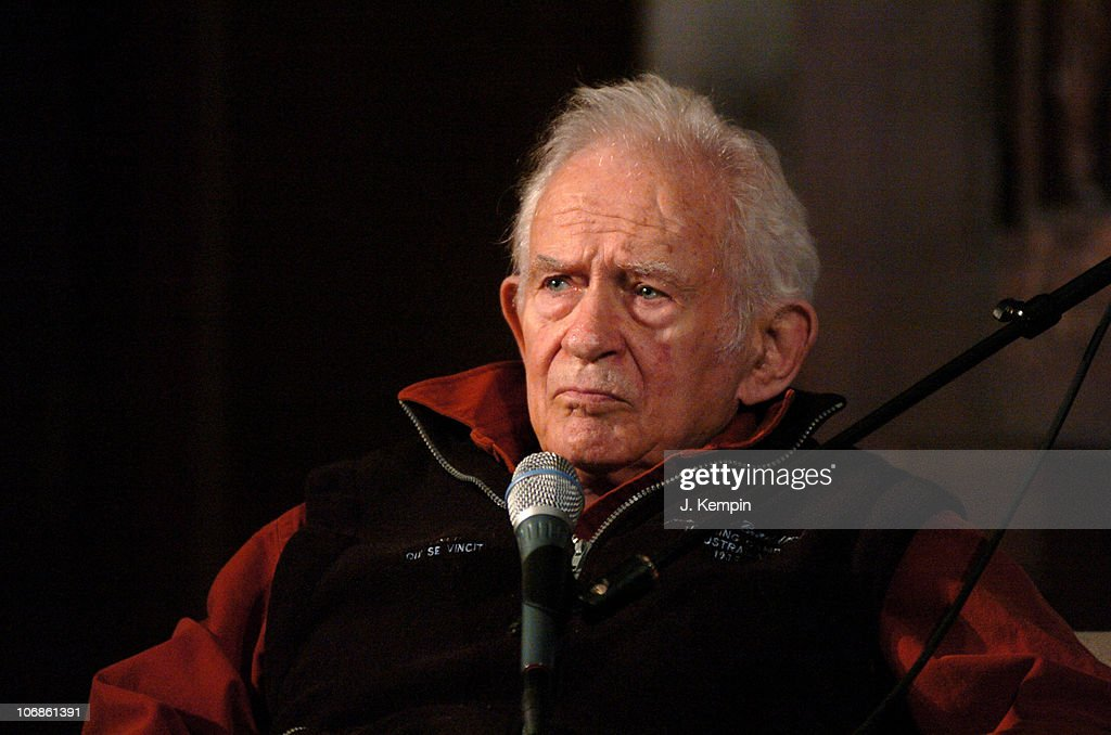 Discussion With Norman Mailer at The New York Society for Ethical Culture - March 2, 2006 : ニュース写真