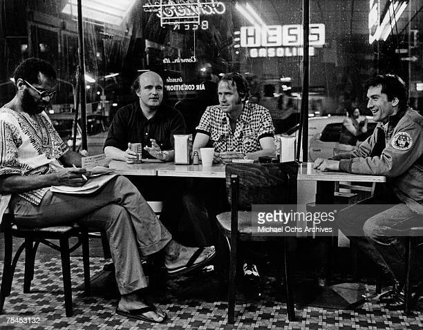 Norman Matlock, Peter Boyle, Harry Northup, and Robert De Niro perform a scene in Taxi Driver directed by Martin Scorsese in 1976 in New York, New...