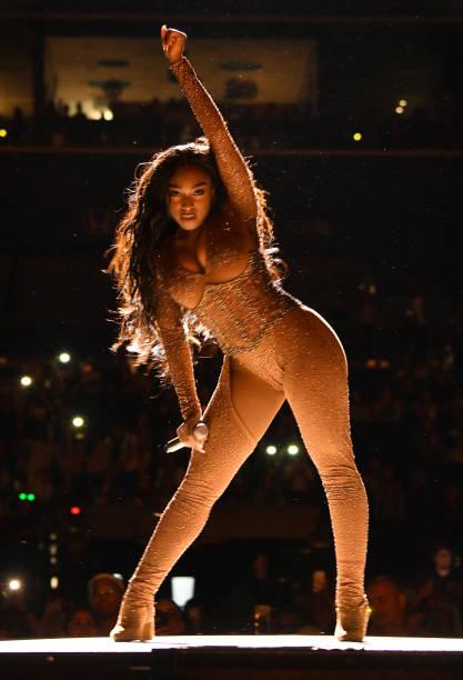 """NY: Ariana Grande """"Sweetener World Tour"""" - Brooklyn"""