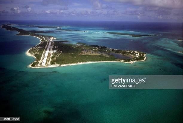Norman's Cay cette ile des Bahamas avec piste d'atterrissage servait à Carlos Lehder caid du cartel de Medellin dirigé par Pablo Escobar pour...