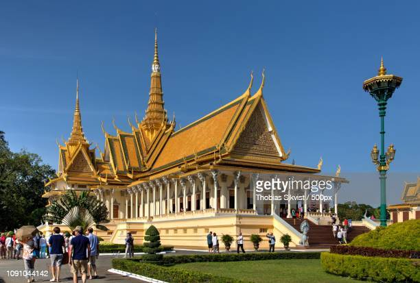 norodom sihanouk museum - norodom sihanouk stock pictures, royalty-free photos & images