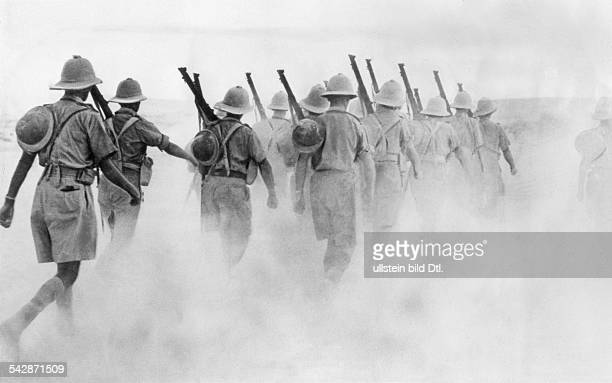 North africa, war theater Commonwealth troops in Egypt - New Zealand unit on a march in the desert near the libyan border.February 1940