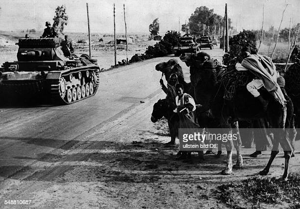 2WW North africa war theater german africa corps Feb41May43 Rommel's first offensive German tanks on the advance to the Syrtika to the Cyrenaika...