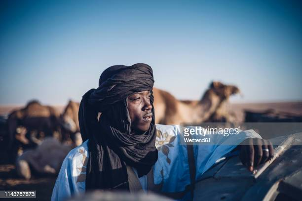north africa, western sahara, - traditional clothing stock pictures, royalty-free photos & images