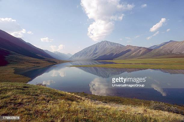 North America USA Alaska Arctic National Wildlife Refuge the Narrows from Schrader to Peters Lake
