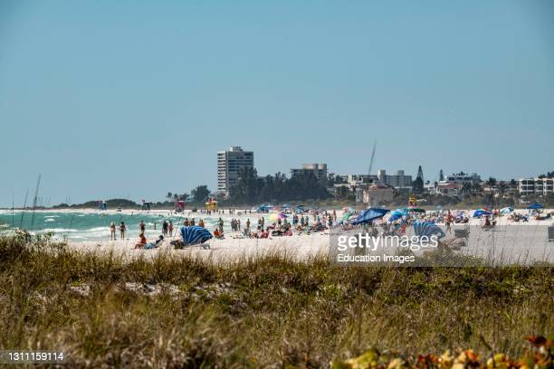 North America, USA, Florida, Sarasota, Crescent Beach, Siesta Key, Crowds of People Covid-19 Notwithstanding.