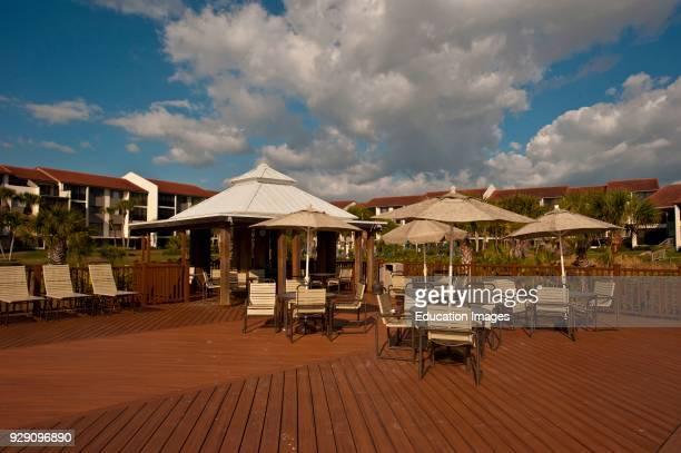 North America, USA, Florida, Sarasota, Crescent Beach, Siesta Key, Siesta Dunes Deck.