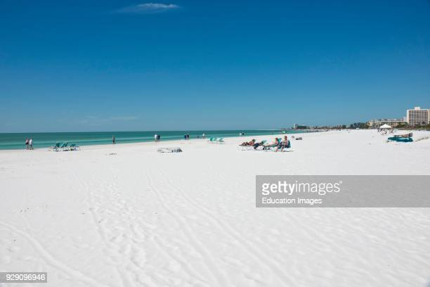 North America, USA, Florida, Sarasota, Siesta Key Crescent Beach.