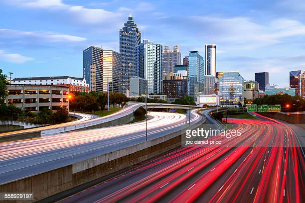 north avenue, atlanta, georgia, america - atlanta skyline stock pictures, royalty-free photos & images