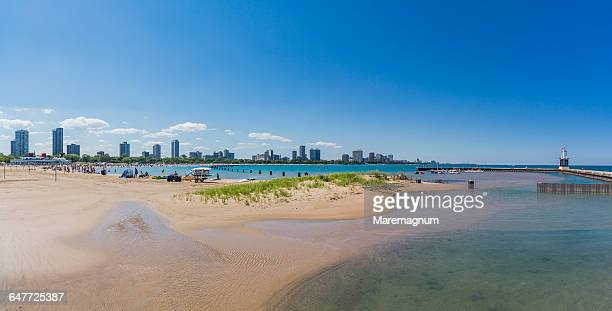 north avenue beach on lake michigan and the town - north avenue beach stock pictures, royalty-free photos & images