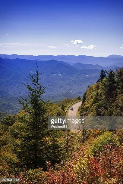 USA, North Carolina, Blue Ridge Mountains, car driving on Blue Ridge Parkway