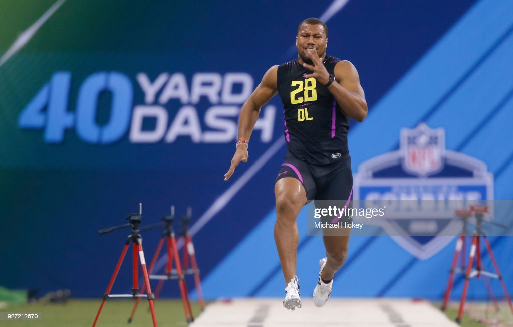 North Carolina State defensive lineman Bradley Chubb (DL28) runs in the 40 dash drill at the NFL Scouting Combine at Lucas Oil Stadium on March 4, 2018 in Indianapolis, Indiana.