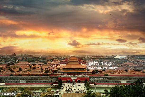 north gate of forbidden city in sunset, beijing, china - emperor stock pictures, royalty-free photos & images