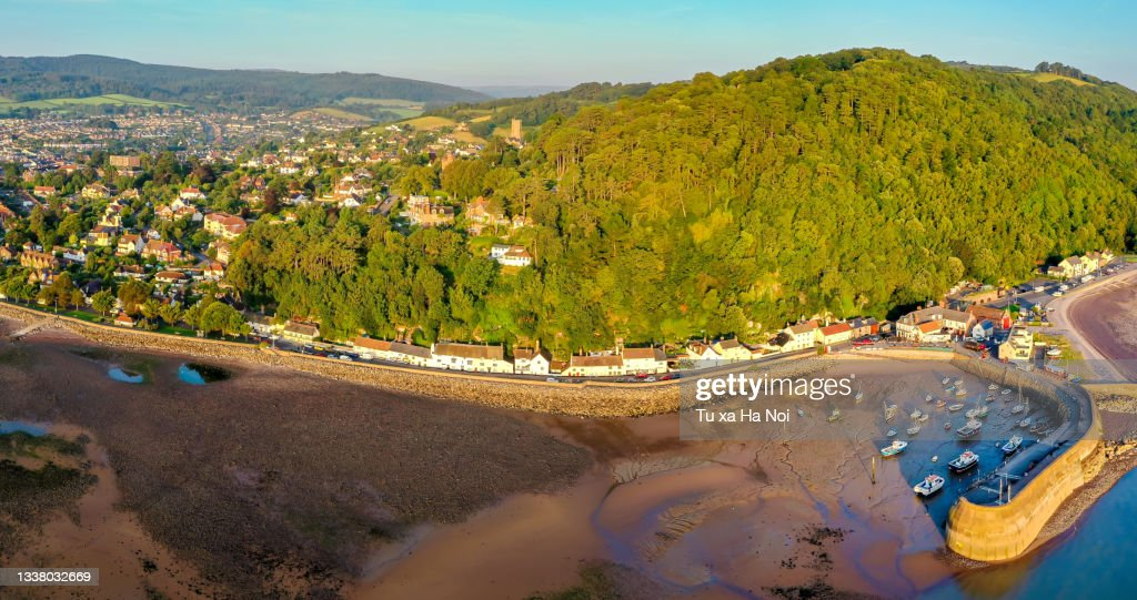 North Hill and Minehead harbour panorama : ストックフォト