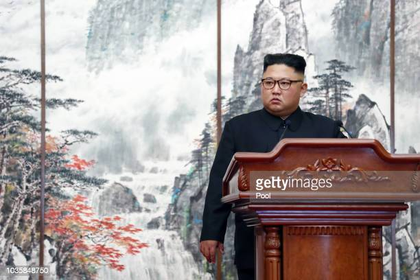North Korean leader Kim Jong Un attends the joint press conference with South Korean President Moon Jaein at Paekhwawon State Guesthouse on September...