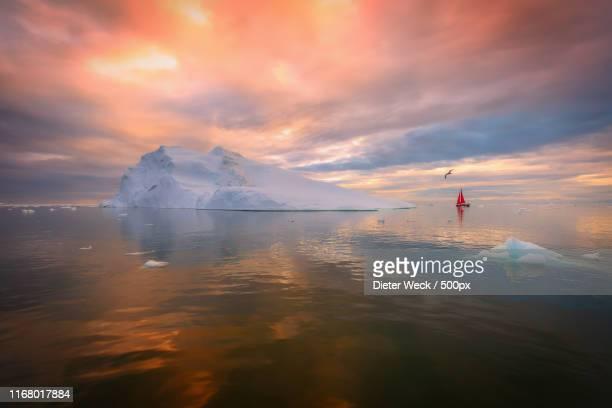69 north - ilulissat stock-fotos und bilder